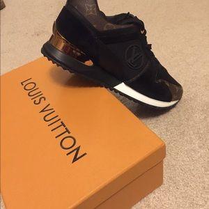 Shoes - LV shoe